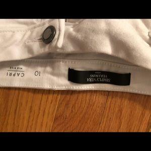 White Capri jeans